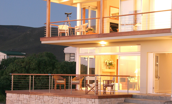Bed and breakfast accommodation in Hermanus on the Garden Route.