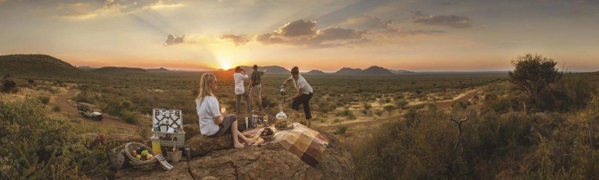 Sundowner drinks and picnic at the Tuningi Safari Lodge