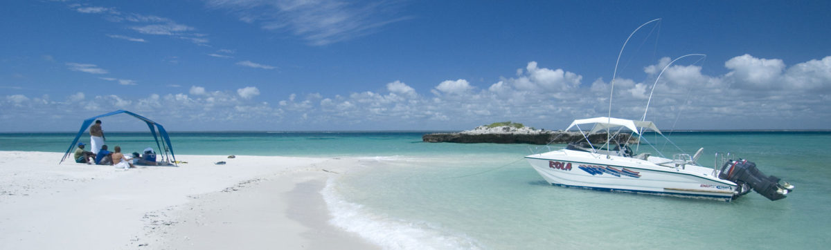 white sand beaches and azure blue Indian Ocean at Bazaruto.