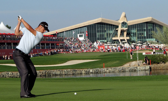 Michael Kramer hitting his final shot to the 18th at the HSBC Golf Championships in Abu Dhabi.