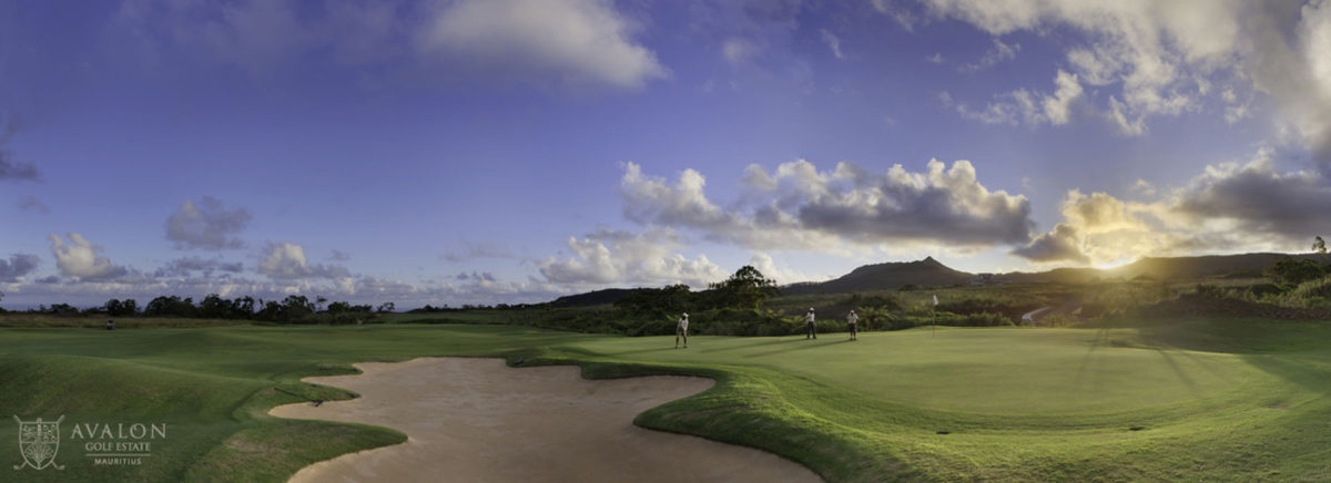 Panoramic view of the green at Avalon Golf Club